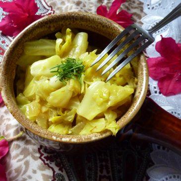 Młoda kapusta z curry i mleczkiem kokosowym