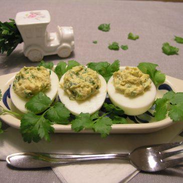 Jajka faszerowane z kolendrą
