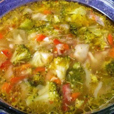 Warzywna zupa rybna