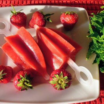 Lody sorbetowe truskawkowe z nutą mięty