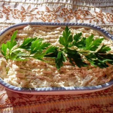 Pasta twarogowo-rybna z domowym majonezem