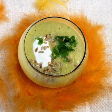 Zupa krem z fasolki szparagowej, selera i cukinii