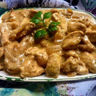 Filet z kurczaka w sosie śmietanowo-musztardowym