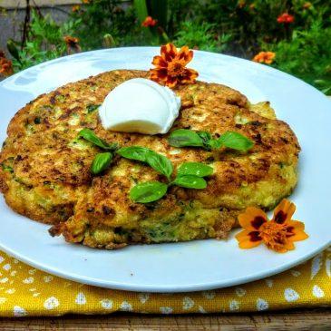 Bezglutenowy omlet gryczany z cukinią