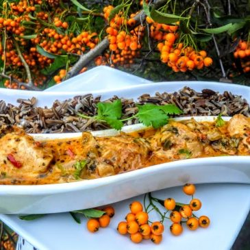 Filet z kurczaka w ziołach z mleczkiem kokosowym i dzikim ryżem